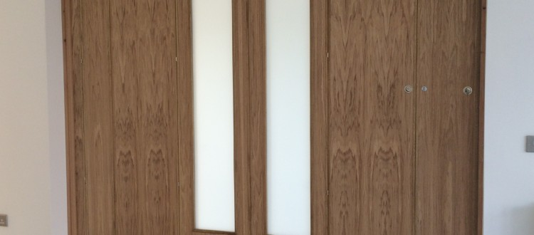 Compacta PVC Folding Doors, Wood Veneered Folding Doors, Bi-fold doors ,folding Walls, Room Dividers, Arianna Wood Folding Doors, Pareti Non-Acoustic Folding Walls, Silencio Acoustic Operable Wall, Silencio Acoustic Operable Walls, London, Kent, Essex, Kent, Medway